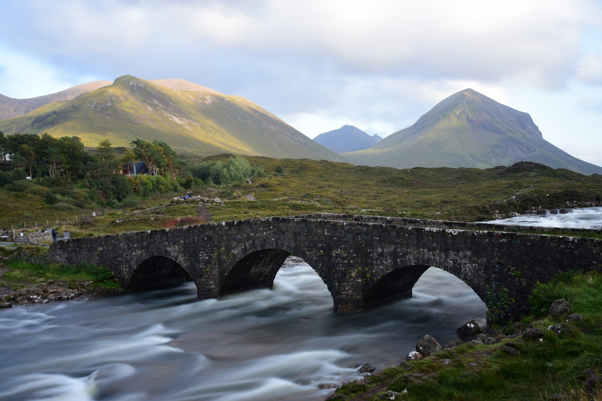 Scotland 2019 – day 4, Isle of Sky – Cill Chriosd, Elgol beach, Old Bridge of Sligachan and Fairy Pools Glen